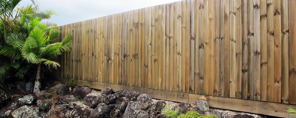 Fencing Contractor FIRST CLASS - Timber Fence - Colorbond