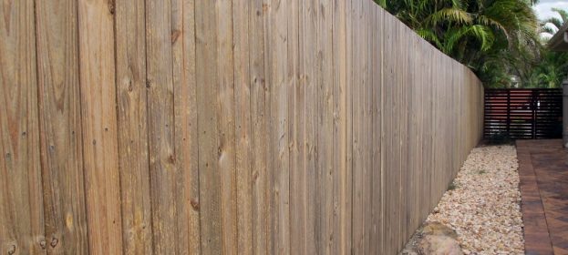 Timber Fence - Privacy Screen